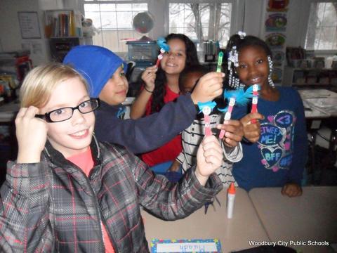 Read Across America Fun at Walnut Street School image for SAM 2614
