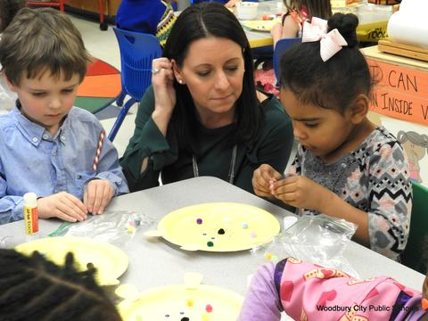 Read Across America Fun at Walnut Street School image for 056