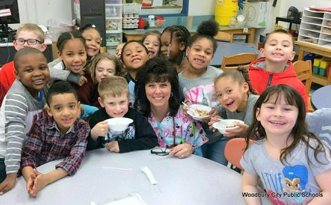 Healthy Food Lesson at Walnut Street School image for 648