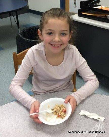 Healthy Food Lesson at Walnut Street School image for 728
