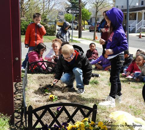 WA Earth Day activities 010