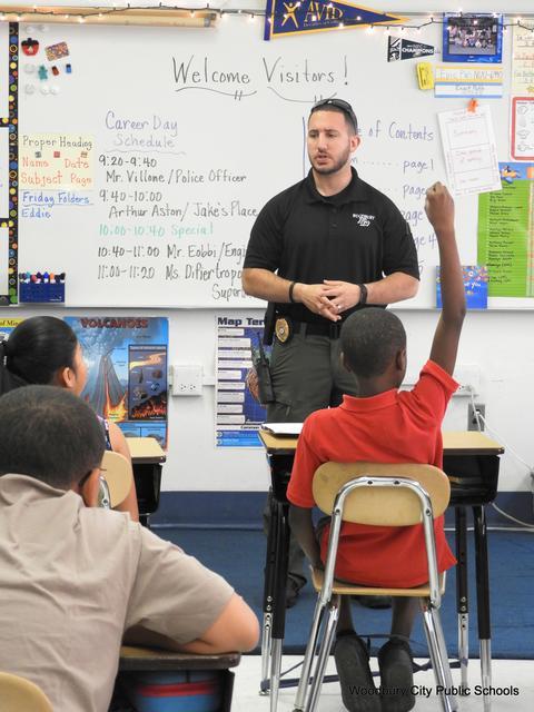 Elementary Career Day 003