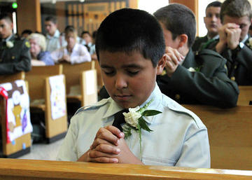 A boy praying