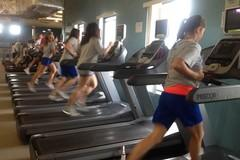 Students in treadmills