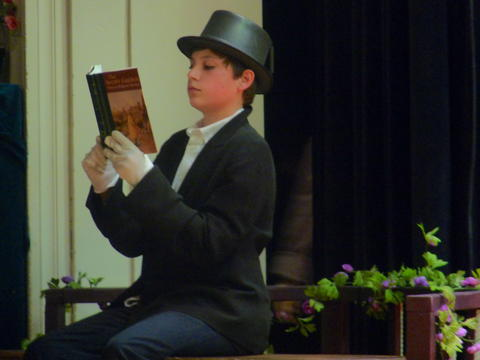 ME 6th Grade Students Performs Oliver-8