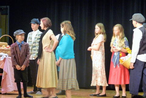 ME 6th Grade Students Performs Oliver-12