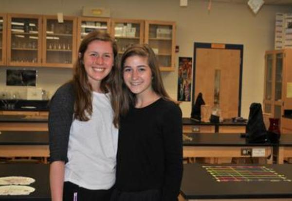 Mariemont High School Students Participate in Exclusive Medical Program