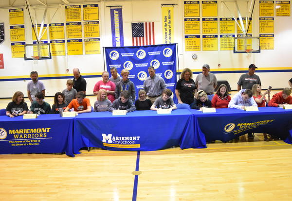 Eight Mariemont High School Seniors Sign National Letters of Intent