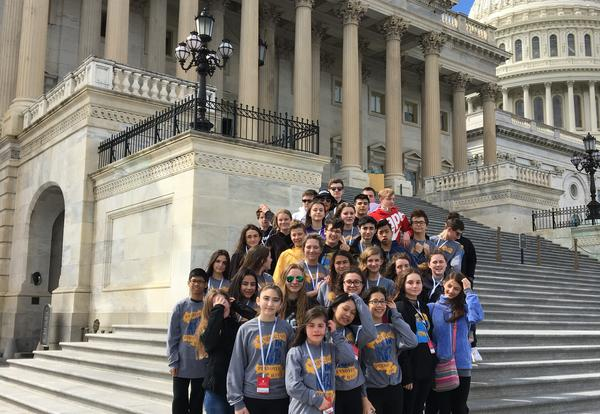 Pennoyer 8th Grade Students Traveled to Washington, D.C