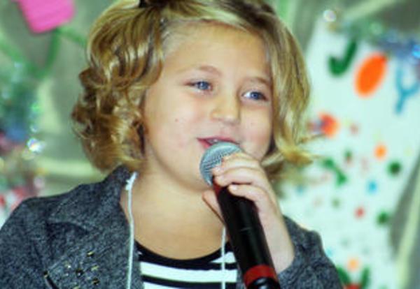 Sunnyside Elementary has winter concert