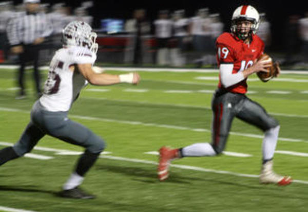 Red Raiders rally to top Holmen in Level II playoffs