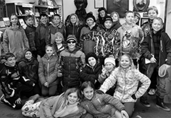 Fourth-graders learn about Casimir Pulaski