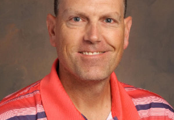 Sunnyside teacher Chris Wendorf earns state WHPE award