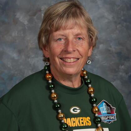 Ms. Lois Selle
