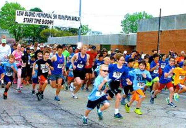 The Lew Blond Run Draws Over 1,000 Participants