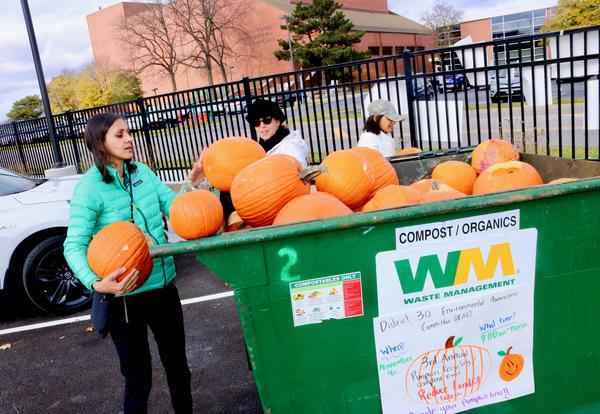 Thank You To All Residents Who Recycled Pumpkins at the EAC's Third Annual Pumpkin Recycling/Composting Event!
