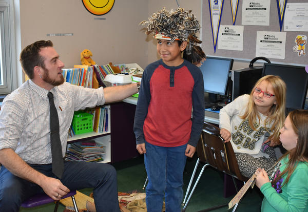 Fourth Graders Participate in Native American Day