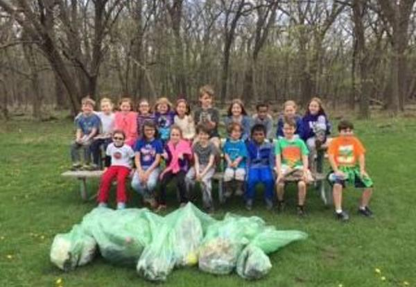 Local Forest Preserves Benefit from Willard Students Pick Up Effort