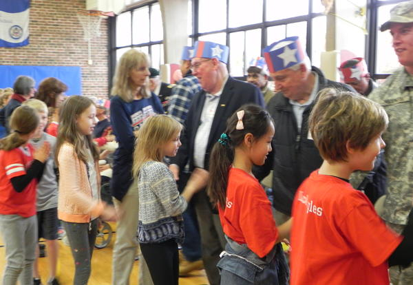 Lincoln Students Honor Nation's Veterans