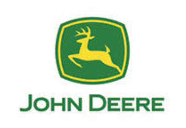 John Deere Supports Technology in Schools