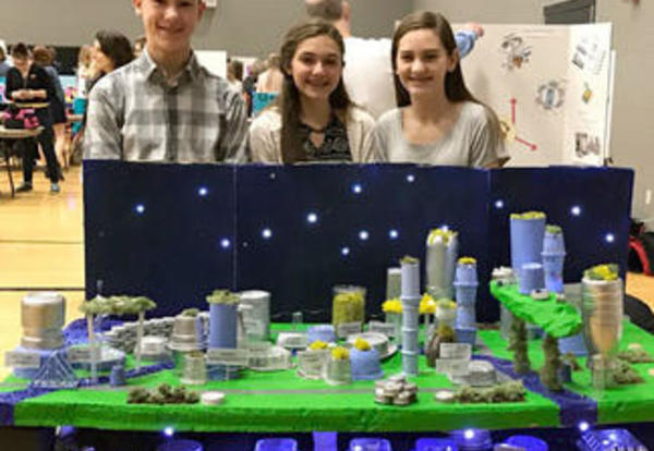 Students Compete in Future Cities