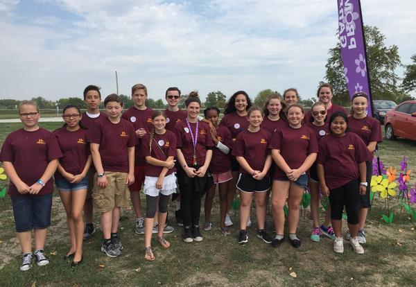 Students Volunteer for Alzheimer's Event