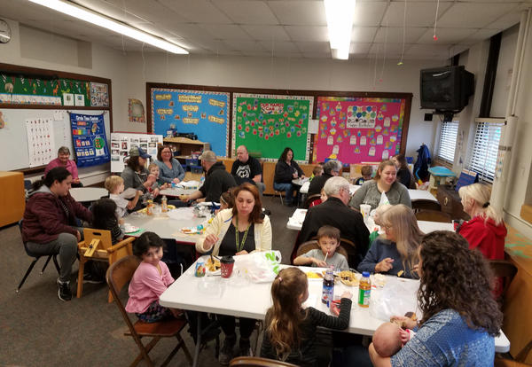 Breakfast with Families a Preschool Tradition