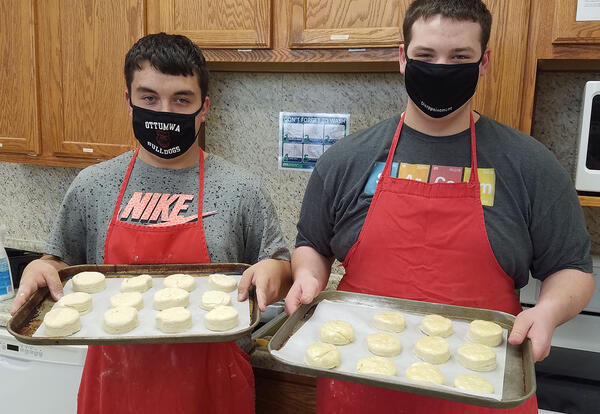 OHS students bake biscuits